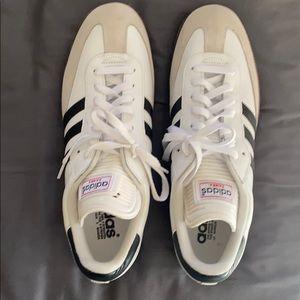 Adidas Sambas size 12M